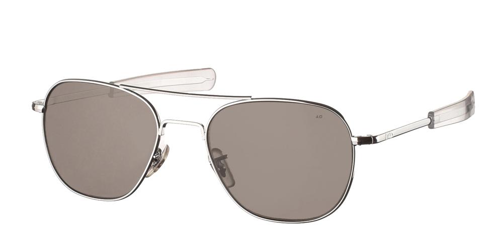 Μεταλλικά διαχρονικά ασημί ανδρικά γυαλιά ηλίου Pilot 52 Silver της εταιρίας American Opticalμε κρυστάλλινους φακούς για μικρά και μεσαία πρόσωπα.