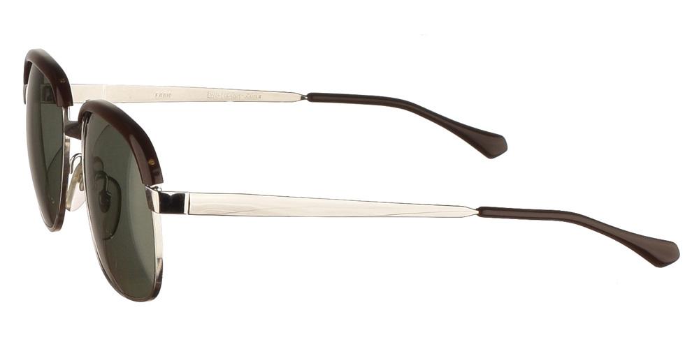 Τετράγωνα μεταλλικά ανδρικά και γυναικεία γυαλιά ηλίου Original Vintage 8002 Silver σε ασημί σκελετό και σκούρους πράσινους φακούς.