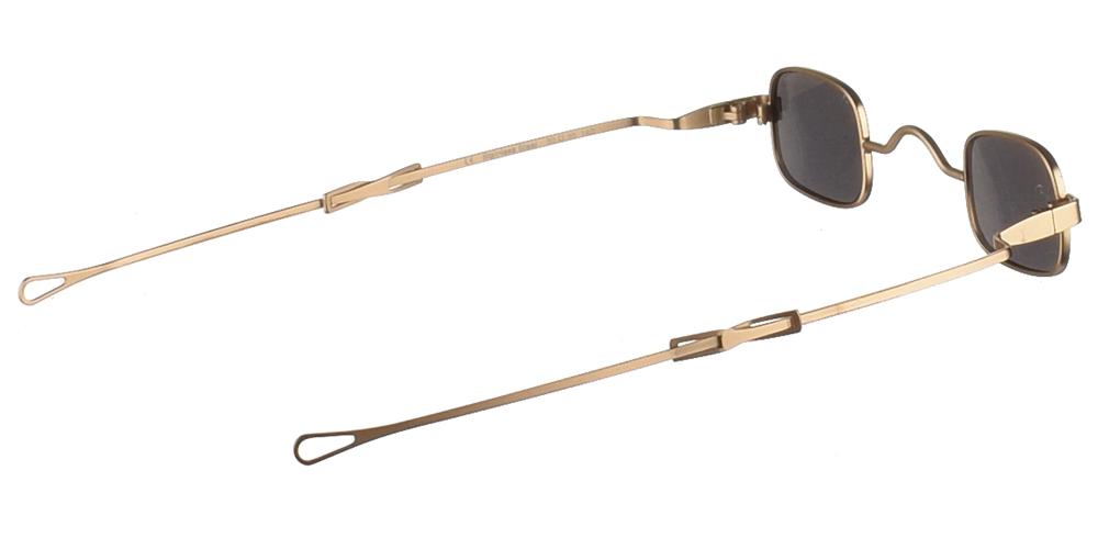 Μεταλλικά τετράγωνα ανδρικά και γυναικεία γυαλιά ηλίου Hi Tek HT Gs-Sqad Gold σε χρυσό ματ σκελετό και σκούρους γκρι polarized φακούςγια όλα τα πρόσωπα.