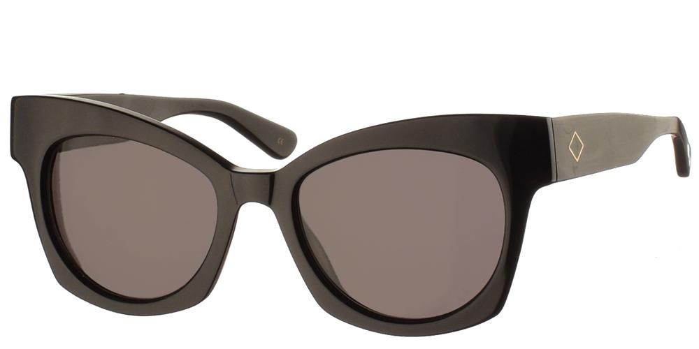 Χειροποίητα κοκάλινα γυναικεία γυαλιά ηλίου Scala σε σχήμα πεταλούδα, σε μαύρο σκελετό και σκούρους γκρι φακούς της εταιρίας Charlie Maxγια όλα τα πρόσωπα.