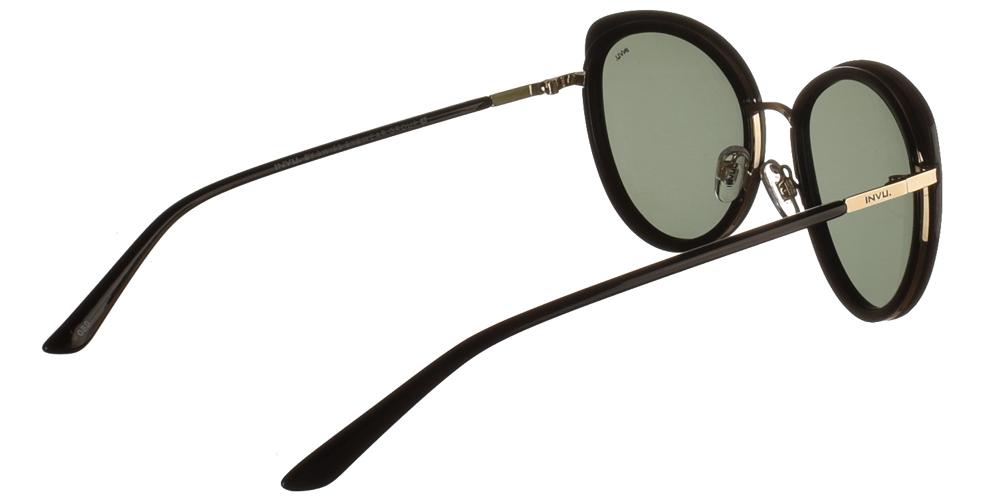 Διαχρονικά κοκάλινα γυναικεία γυαλιά ηλίου πεταλούδα B1027 σε μαύρο σκελετό, με χρυσές λεπτομέρειες και με γκρι polarized φακούς της εταιρίας Invuγια μεσαία και μεγάλα πρόσωπα.