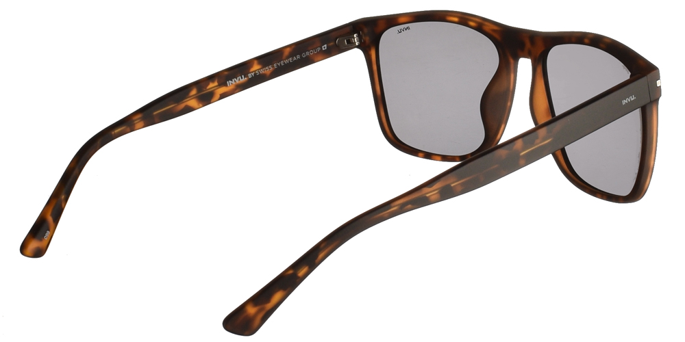 Διαχρονικά κοκάλινα ανδρικά γυαλιά ηλίου B2025 B σε καφέ ματ ταρταρούγα με γκρι polarized φακούς της εταιρίας Invuγια μεσαία και μεγάλα πρόσωπα.