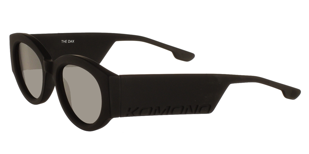 Κοκάλινα unisex γυαλιά ηλίου Dax σε μαύρο matte σκελετό και επίπεδους γκρι φακούς της εταιρίας Komonoγια όλα τα πρόσωπα.
