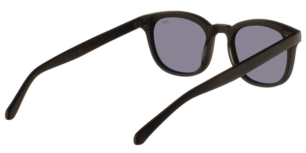 Χειροποίητα κοκάλινα τετράγωνα ανδρικά και γυναικεία γυαλιά ηλίου Gast Fed Black σε μαύρο ματ σκελετό και επίπεδους γκρι φακούς.