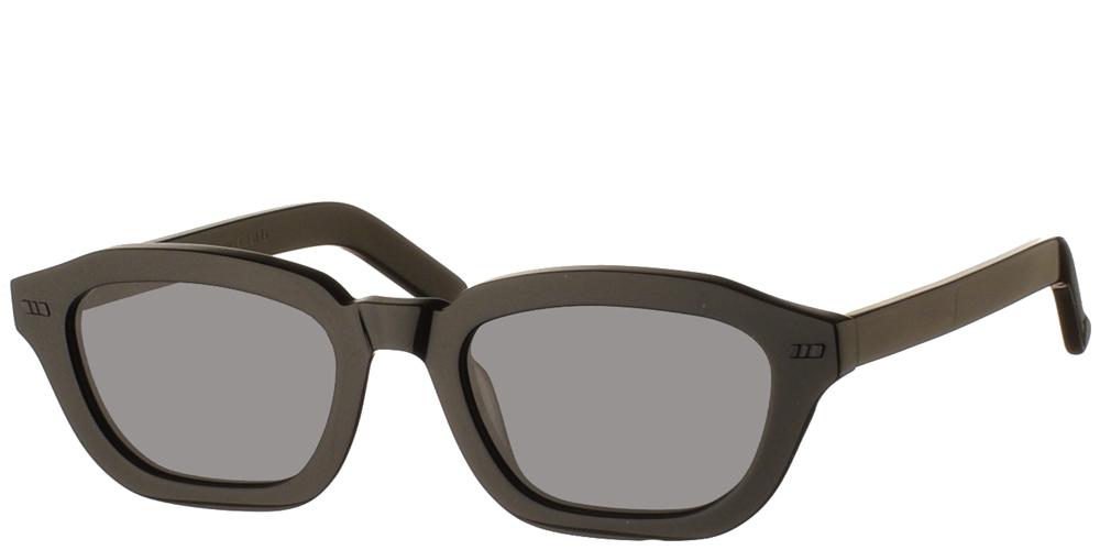 Χειροποίητα κοκάλινα τετράγωνα ανδρικά και γυναικεία γυαλιά ηλίου Gast Fen Black σε μαύρο σκελετό και επίπεδους γκρι φακούςγια όλα τα πρόσωπα.