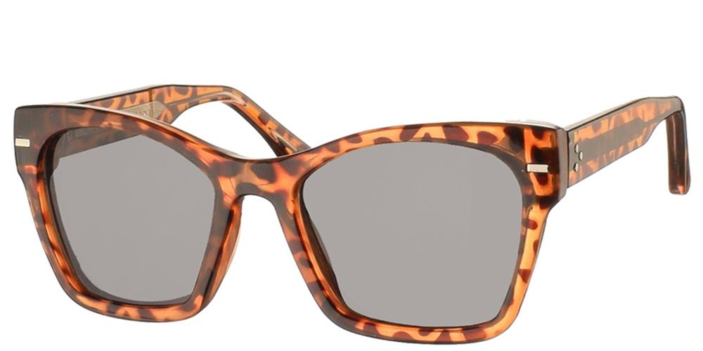 Κοκάλινα γυναικεία πεταλούδα γυαλιά ηλίου Coco σε καφέ ταρταρούγα σκελετό και σκούρους γκρι φακούς της εταιρίας Spitfire για όλα τα πρόσωπα.