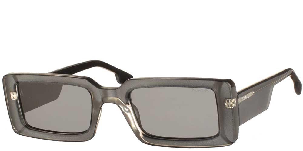 Κοκάλινα unisex γυαλιά ηλίου Malick σε γκρι σκελετό και σκουρόχρωμους γκρι φακούς της εταιρίας Komonoγια μεσαία και μεγάλα πρόσωπα.